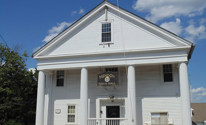 Mendon Town Hall